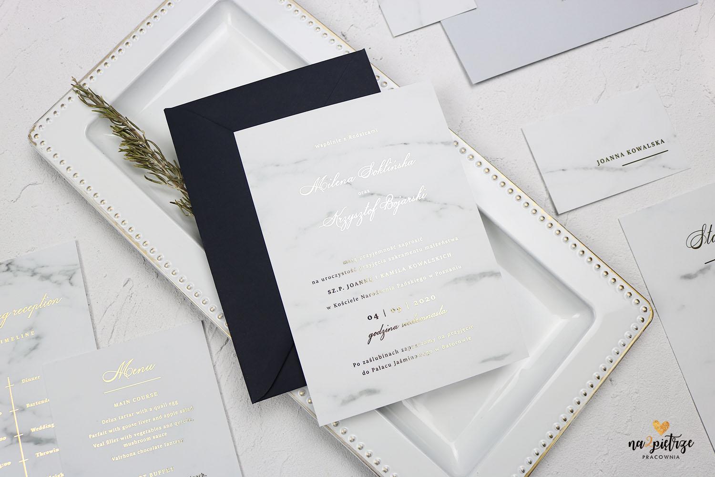 zaproszenie marmurowe z grantową kopertą