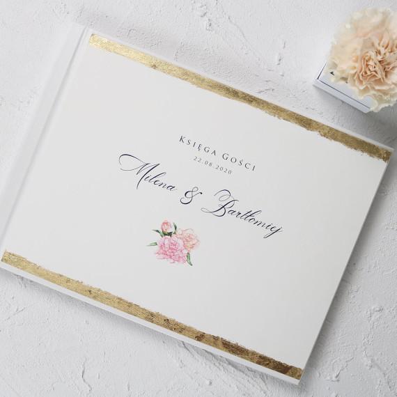 księga gości weselnych ze złoconymi brzegami, z motywem kwiatowym, goździki, personalizowana