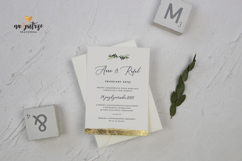 Karta z informacją o zmianie daty ślubu, złocna