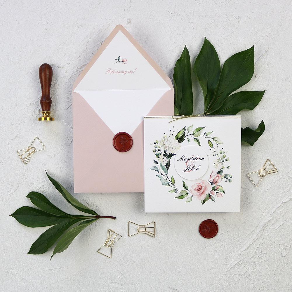 zaproszenie ślubne z motywem kwiatowym, otwierane, różowe koperty, kwiatowe
