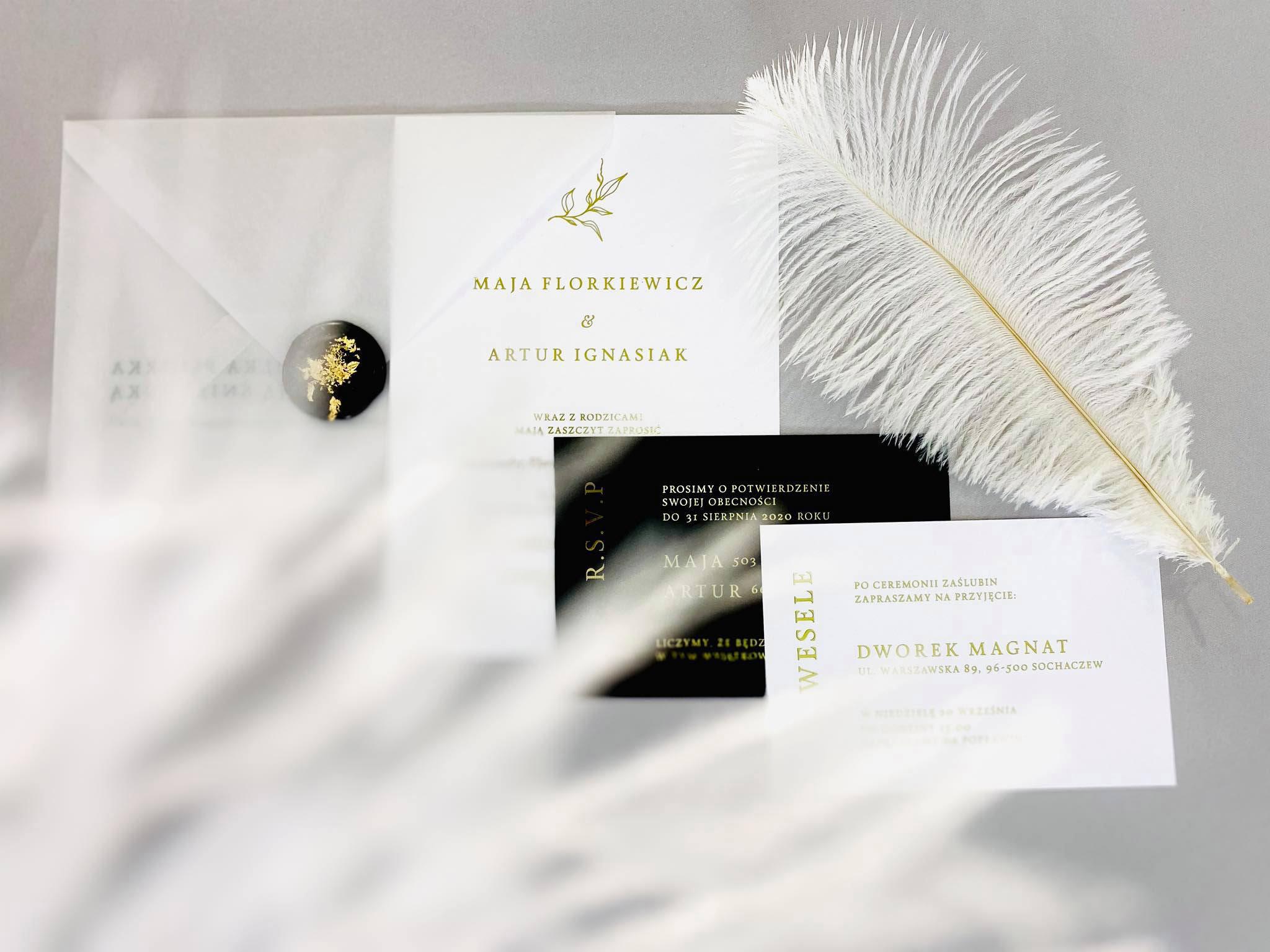 zaproszenie glamour ze złotymi napisami, białe, czarne, eleganckie